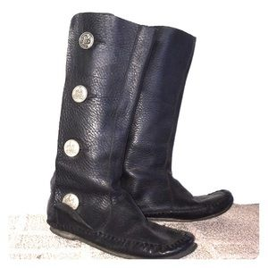 Beautiful black leather moccasin boots W 5 35